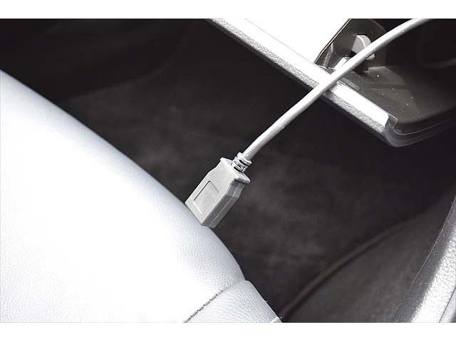 2.0i-L アイサイト 4WD・黒革シート・パワーシート・1年間走行距離無制限保証・アイドリングストップ・クルーズコントロール・プッシュスタート・carrozzeriaHDDナビ・バックカメラ・ETC・Bluetooth(31枚目)