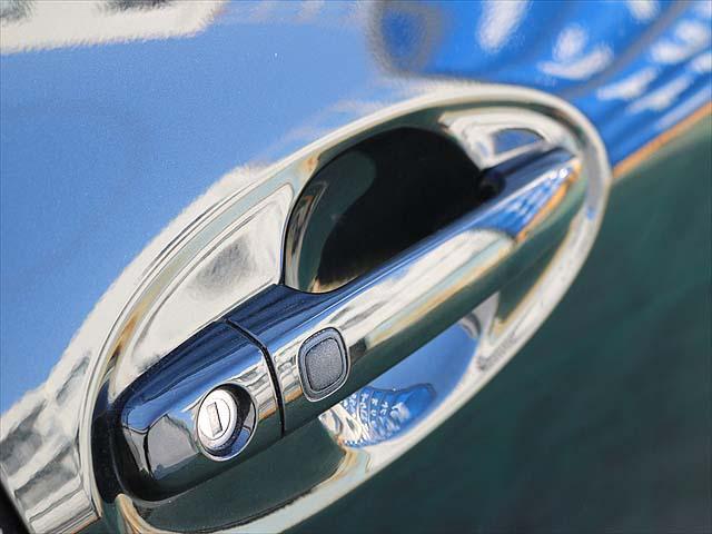 ■品質検査にて、★5点満点評価のうち、【外装★4点】【内装★4点】【機関良好】【修復歴無し】の評価点を取得したお車を展示しています。