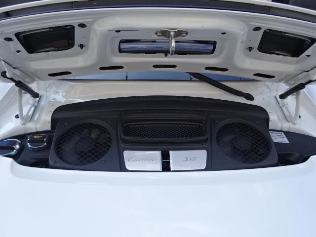 ポルシェ ポルシェ 911カレラ正規D車右ハンドル禁煙車7速MT黒レザー1オナ