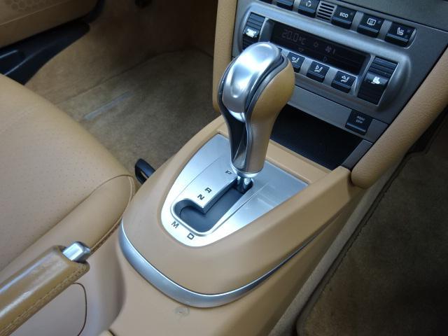 911カレラS 正規ディーラー車 右H ベージュ革 HDDナビ 19AW(15枚目)