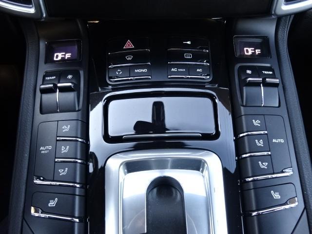 S ディーラー車 左H サンルーフ 21インチAW 黒革シート HDDナビ ETC ルーフレール Bカメラ アイドリングSTOP(15枚目)