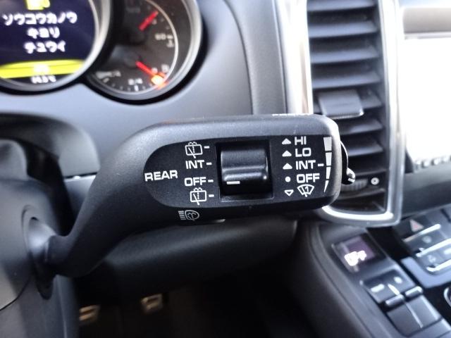 S ディーラー車 左H サンルーフ 21インチAW 黒革シート HDDナビ ETC ルーフレール Bカメラ アイドリングSTOP(38枚目)