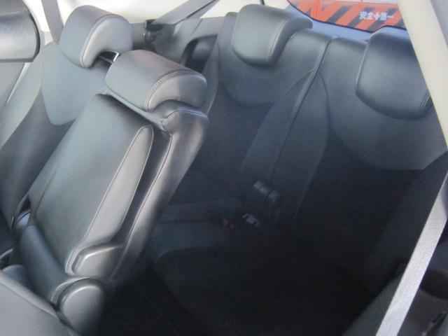 トヨタ プリウスアルファ G チューン ブラック