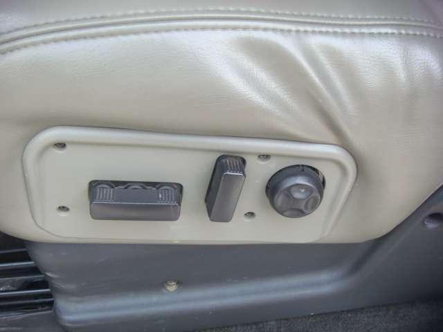 タイプS 4WD AutoCheckレポート付 SR(6枚目)