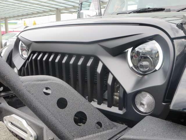 全車保証付き・安心のアフターサービスとメンテナンス、そしてお客様のご希望をカタチにすることがモットーです。