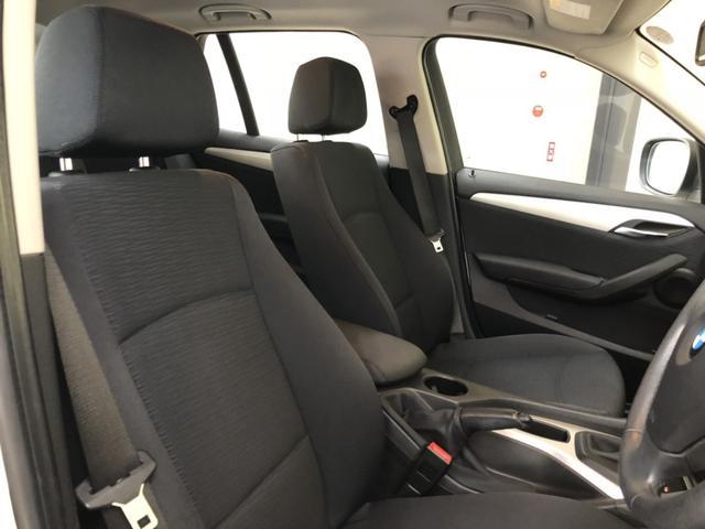 BMW BMW X1 sDrive 18iXライン 走行24996キロ ワンオーナ