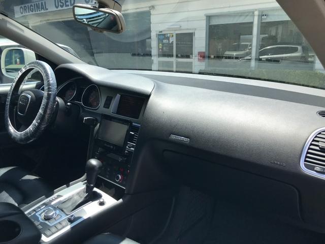 「アウディ」「アウディ Q7」「SUV・クロカン」「福岡県」の中古車19