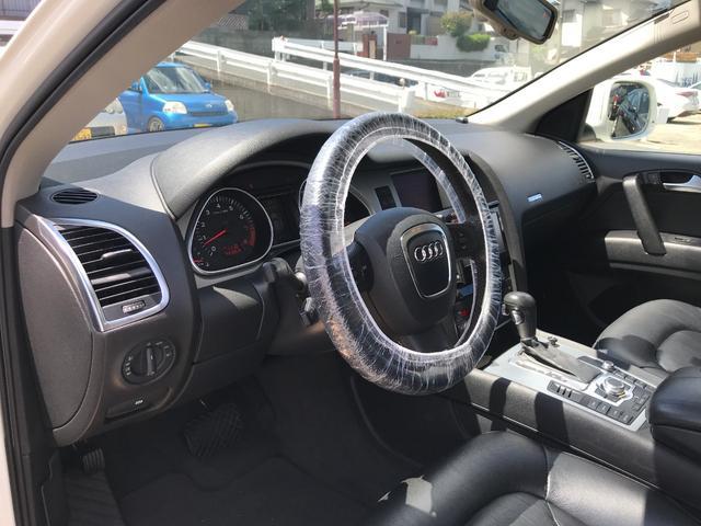 「アウディ」「アウディ Q7」「SUV・クロカン」「福岡県」の中古車22