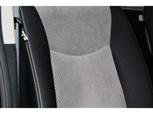 ★運転席シートのアップ。質感をご確認ください★