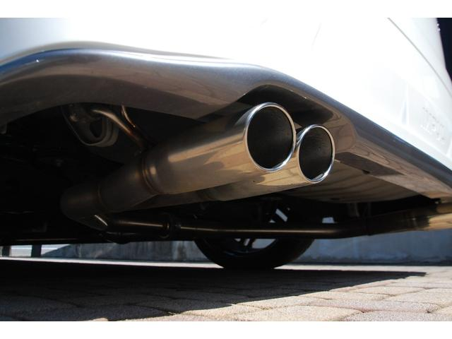 250ハイウェイスターS フルインパル仕様!強烈フルカスタム!!後付け総額162万円以上付き!!特注ボディステッカー新品・フレンチェ22インチアルミ&タイヤ新品・TEIN車高調新品・アルパイン11.4型フリップダウンなど(33枚目)