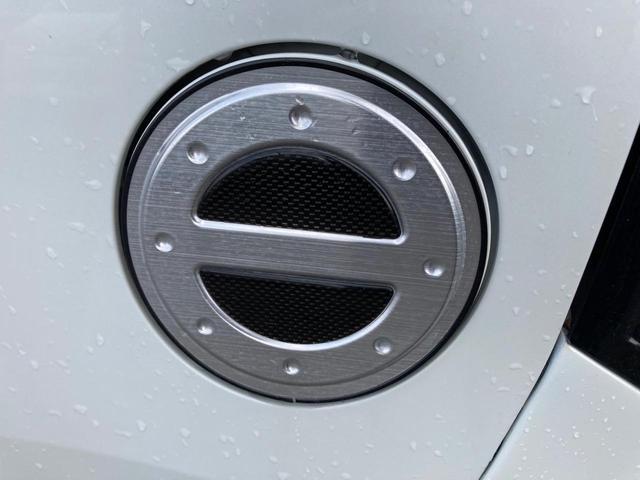 20周年記念車 フルエアロ メモリーナビ フルセグTV ETC 衝突被害軽減システム ホワイト CVT AC バックカメラ AW 4名乗り オーディオ付 スマートキー HID(9枚目)