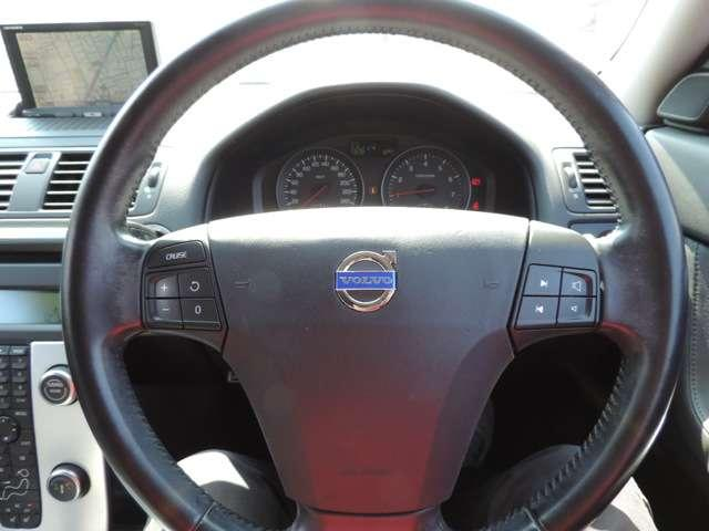 ボルボ ボルボ V50 2.0eアクティブプラス 本革シート クルコン