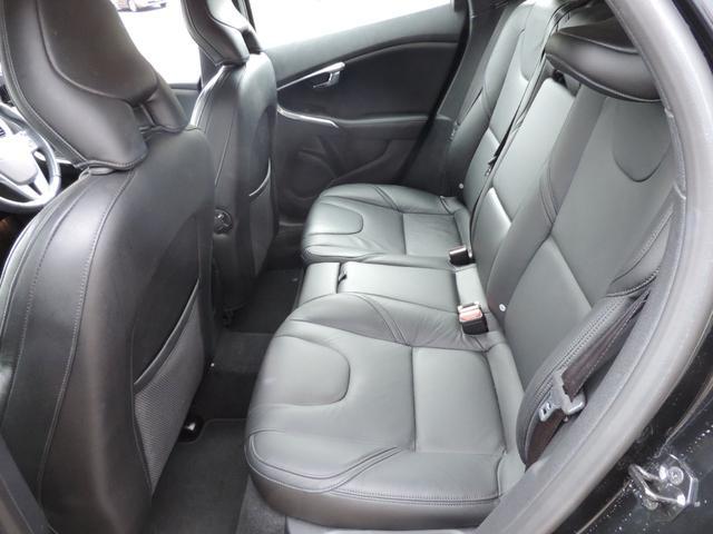 シートの状態もしみ、しわ、切れもなく座り心地よいシートになります。
