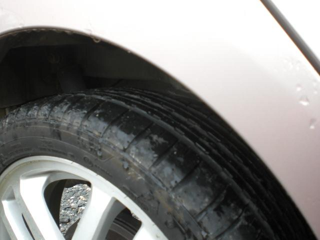 タイヤの山もまだ有ります。