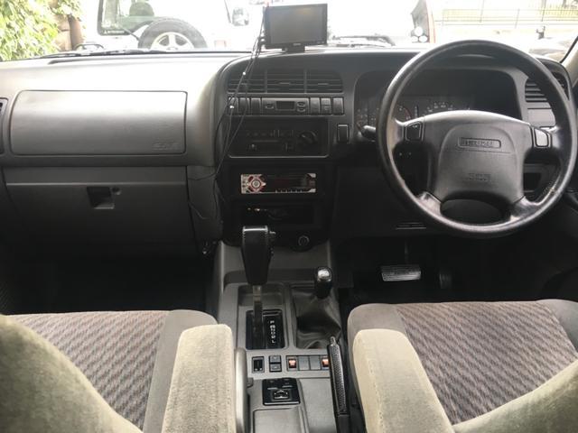 ハンドリングバイロータス リミテッド 3.1DT   4WD    アルミ   シートヒーター   電動格納ミラー    禁煙車    7人乗り(10枚目)