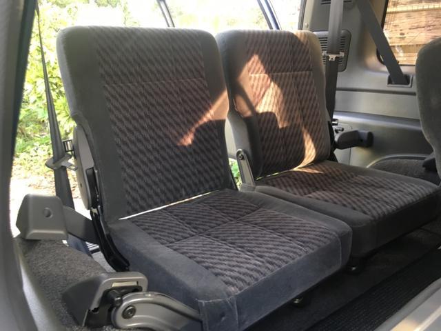 ハンドリングバイロータス リミテッド 3.1DT   4WD    アルミ   シートヒーター   電動格納ミラー    禁煙車    7人乗り(13枚目)