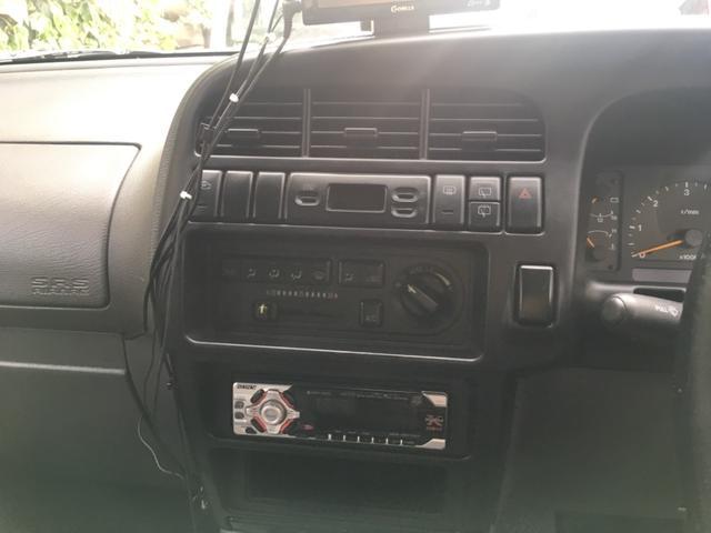 ハンドリングバイロータス リミテッド 3.1DT   4WD    アルミ   シートヒーター   電動格納ミラー    禁煙車    7人乗り(15枚目)