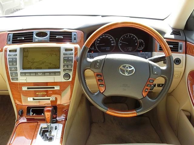 トヨタ クラウンマジェスタ Cタイプ エアサスコントロール 18インチアルミ ナビTV
