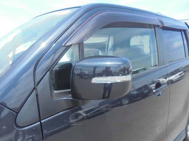 スズキ ワゴンRスティングレー リミテッドIIスマートキーディスチャージシートヒーター