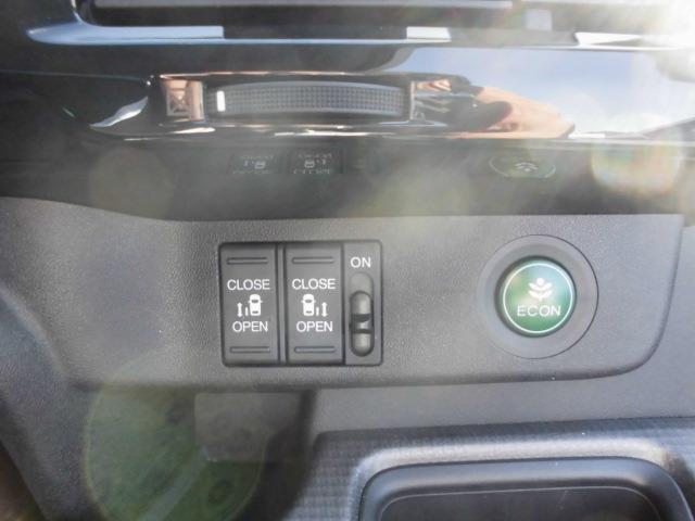 ホンダ ステップワゴンスパーダ スパーダHDD地デジインターナビBカメラ両側パワードア