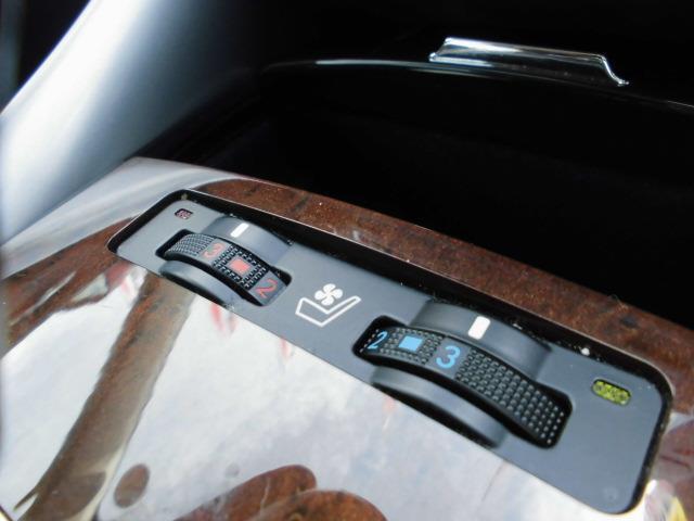 レクサス IS IS250 バージョンL 黒革エアシートHDDマルチBカメラ
