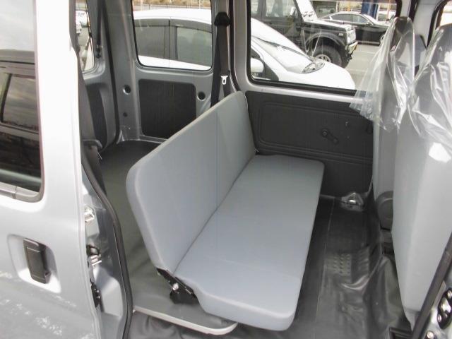 自社整備工場完備ですので、お客様の愛車をしっかりサポート致します。