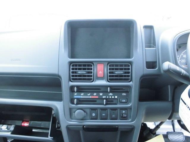 X 4WD 3AT ABS Wエアバック 届出済未使用車(11枚目)