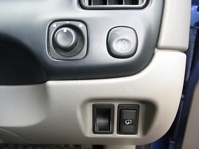 「マツダ」「トリビュート」「SUV・クロカン」「福岡県」の中古車19
