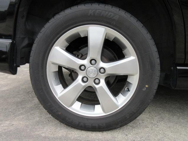 タイヤの溝あります☆また、各種メーカーの高性能タイヤ等をお付けすることできます(別途料金)。