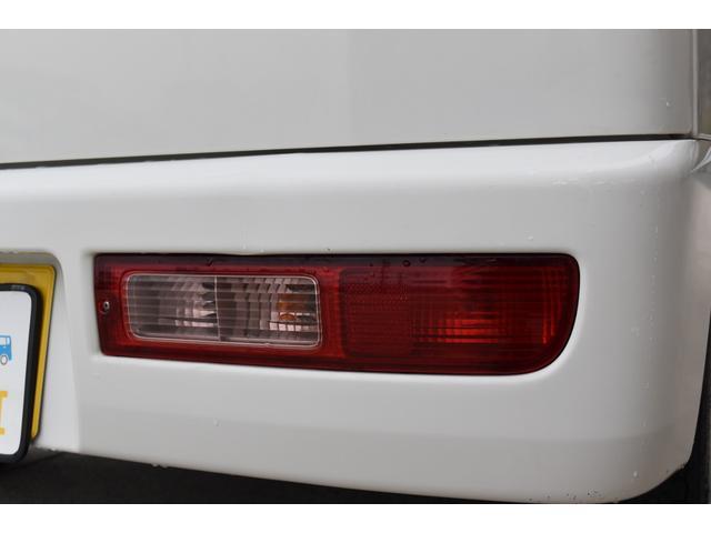 スペシャル 5速マニュアル車 5MT 2WD ワンオーナー リヤフィルム(33枚目)