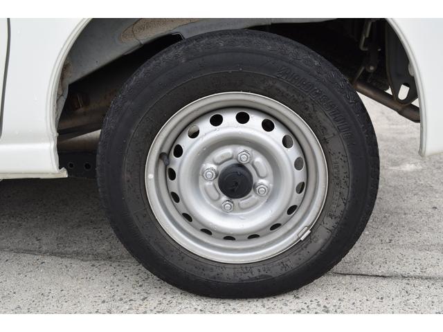 スペシャル 5速マニュアル車 5MT 2WD ワンオーナー リヤフィルム(36枚目)