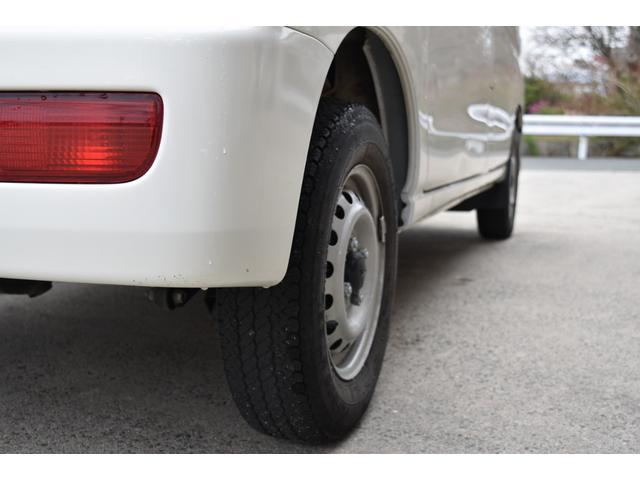 スペシャル 5速マニュアル車 5MT 2WD ワンオーナー リヤフィルム(39枚目)