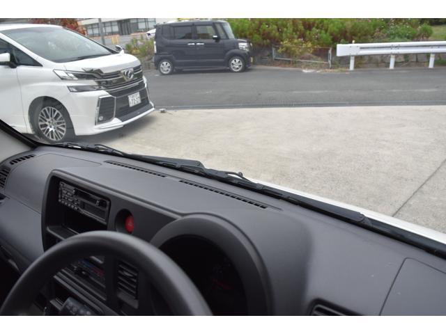 スペシャル 5速マニュアル車 5MT 2WD ワンオーナー リヤフィルム(52枚目)