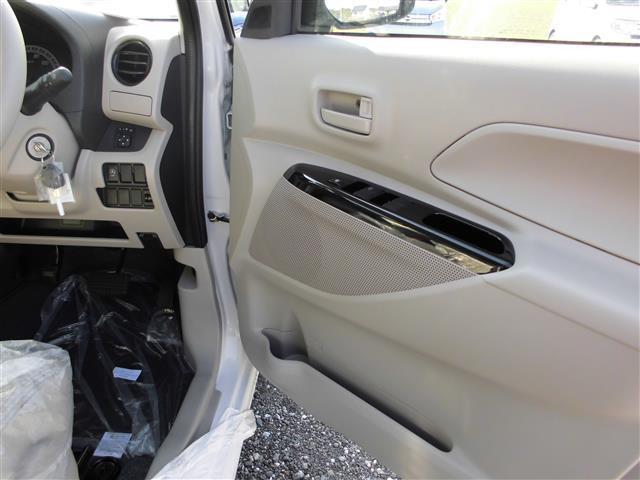 三菱 eKスペース M 届出済未使用車 メーカー保証付
