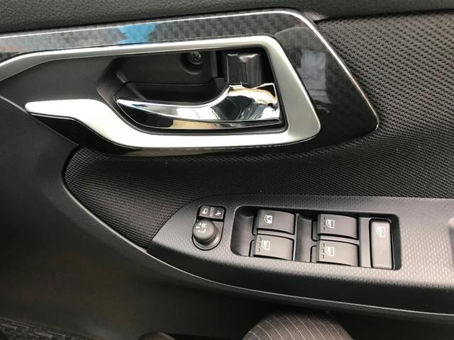 ダイハツ ムーヴ カスタム X 届出済未使用車 メーカー保証付