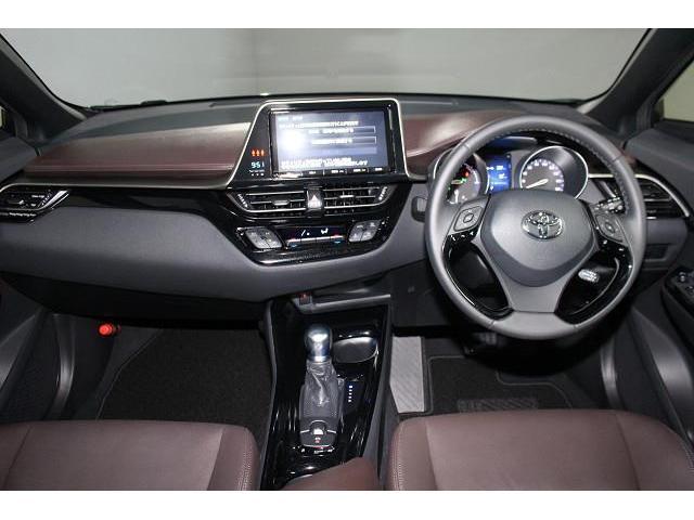 トヨタ C-HR HV G 衝突被害軽減システム ワンオーナー メモリーナビ