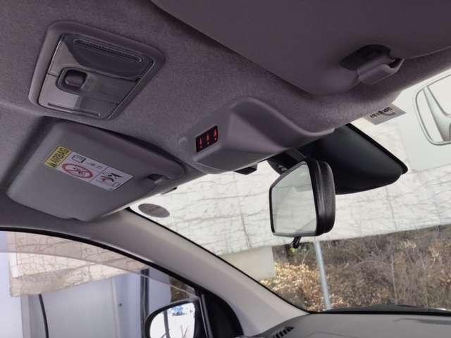 モーダ S メモリーナビ ワンセグTV 盗難防止装置 LED ワンセグ アイドリングストップ メモリーナビ ETC付 ベンチシート ABS CD オートエアコン キーレス エアバック スマキー ナビ&TV(4枚目)