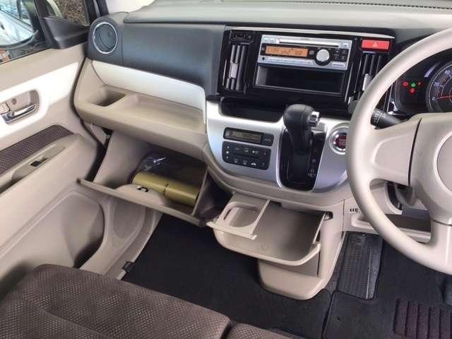 Gコンフォートパッケージ 純正CDチューナー シートヒーター ETC CDデッキ シートヒーター ETC スマートキー アイドリングストップ キーレス ディスチャージライト レーダーブレーキサポート カーテンエアバック(12枚目)