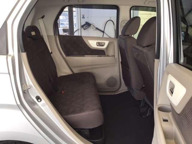 Gコンフォートパッケージ 純正CDチューナー シートヒーター ETC CDデッキ シートヒーター ETC スマートキー アイドリングストップ キーレス ディスチャージライト レーダーブレーキサポート カーテンエアバック(17枚目)