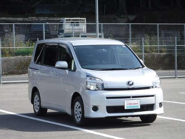 トヨタ ヴォクシー X HDDナビ フルセグ リアカメラ ETC
