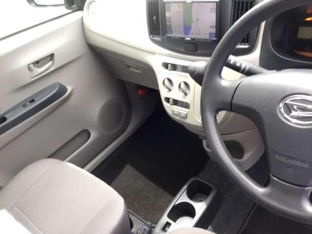 L SA メモリーナビ ワンセグTV 衝突軽減装置 横滑防止 エコアイドル エアコン キーレス ABS パワステ パワーウィンドー CD再生 ETC車載器 Wエアバッグ(13枚目)