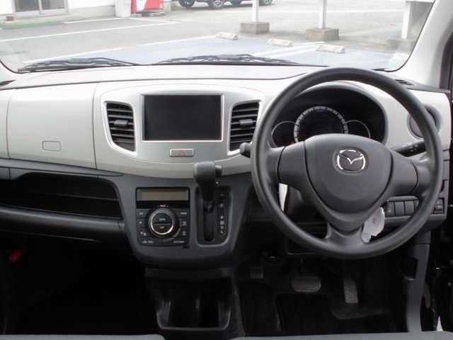 ☆広々とした視界で運転も快適。勿論、安心、安全なSRSエアバックシステム運転席&助手席付☆