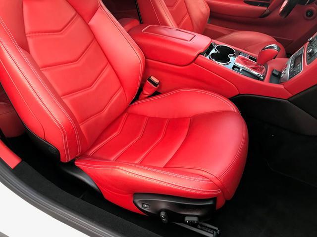 スポーツ MCオートシフト D車 左H V8 460ps(18枚目)