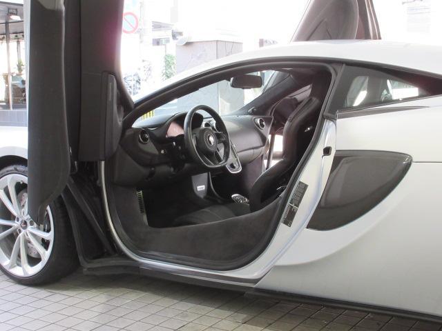 「マクラーレン」「マクラーレン 540C」「クーペ」「福岡県」の中古車35