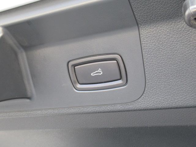 ベースグレード ディーラー車 5人乗 スポーツクノパッケージ ソフトクローズドア ACC スポーツテールパイプ PASM LEDヘッドライト サラウンドビューモニター 純正19AW ブラックレザーシート(27枚目)