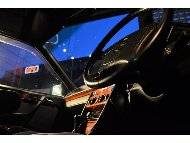 E280ステーションワゴン サンルーフ 7人乗り ETC(12枚目)