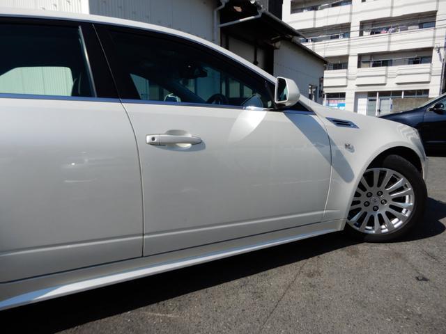 「キャデラック」「キャデラックCTS」「セダン」「福岡県」の中古車12