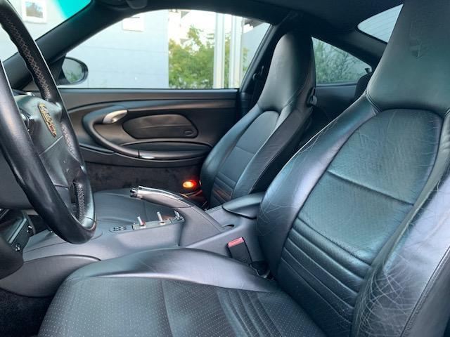 911カレラ ティプトロニックS GT3仕様 F-Sエアロ Rスポ 18インチAW テール サス ブラックレザーシート(10枚目)