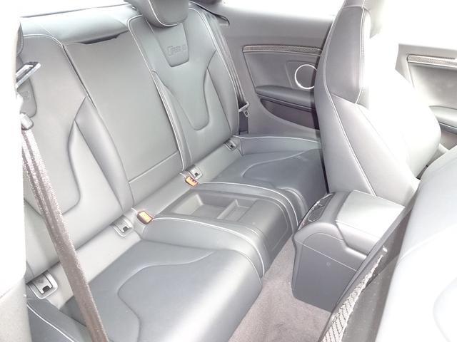 アウディ アウディ RS5 ベースグレード 20AW ブラックレザーシート