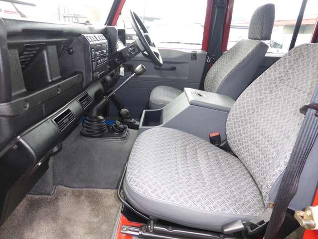 ランドローバー ランドローバー ディフェンダー 110SW Td5ディーラー車